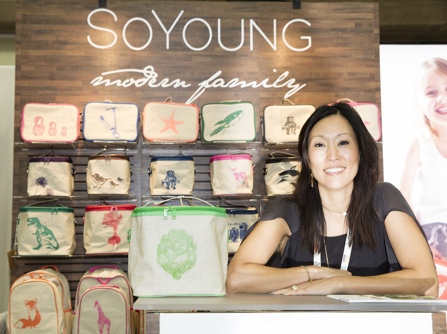 SoYoung, winner of ExhibitorLIVE's Best 10×10 Portable Modular Exhibit Award, 2015